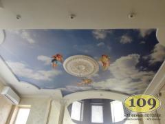 Фотодрук на натяжній стелі в дитячій кімнаті