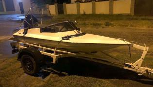 Motor boat in excellent condition